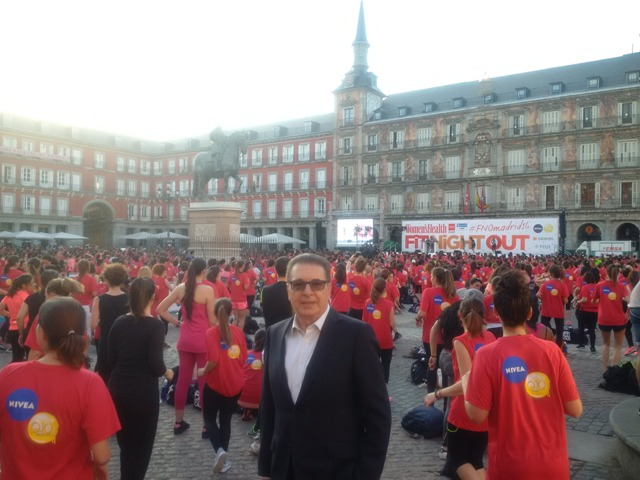 Dr. Kerim at the Women Health Evening in Madrid at Plaza Mayor